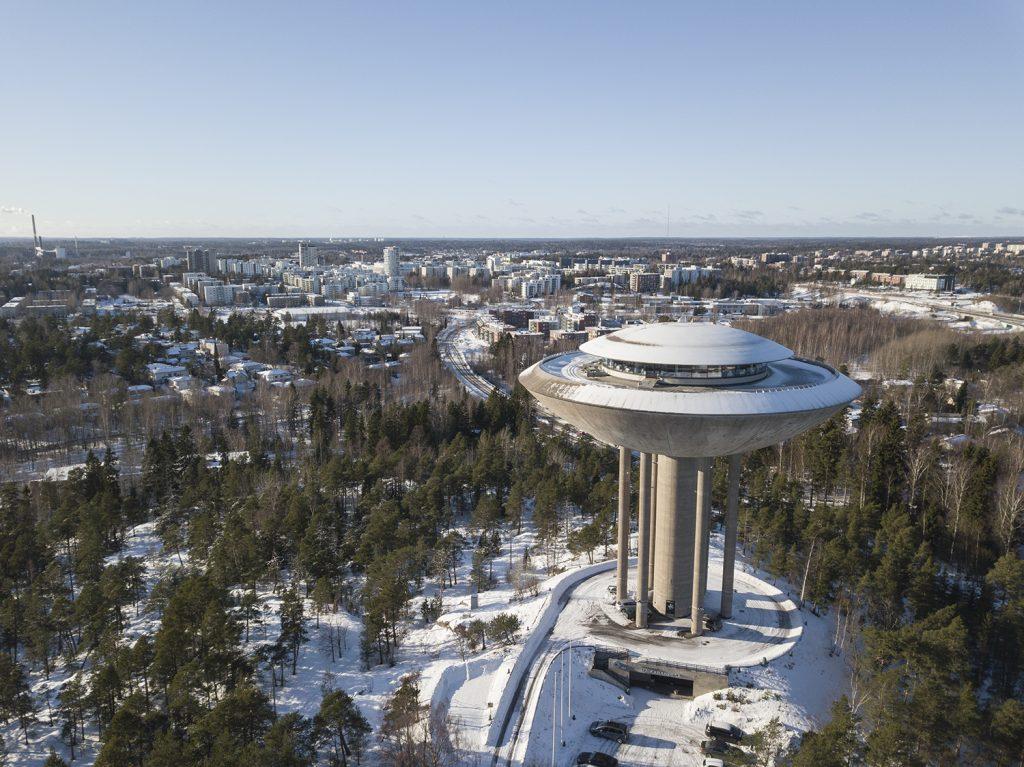 Haukilahden vesitorni - Ravintola Haikaranpesä sijaitsee sen huipulla